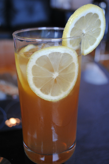 Sweet Tea Vodka Lemonade